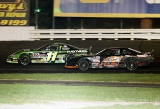 Late Model action at Stafford Motor Speedway.  (Stafford Motor Speedway Photo)