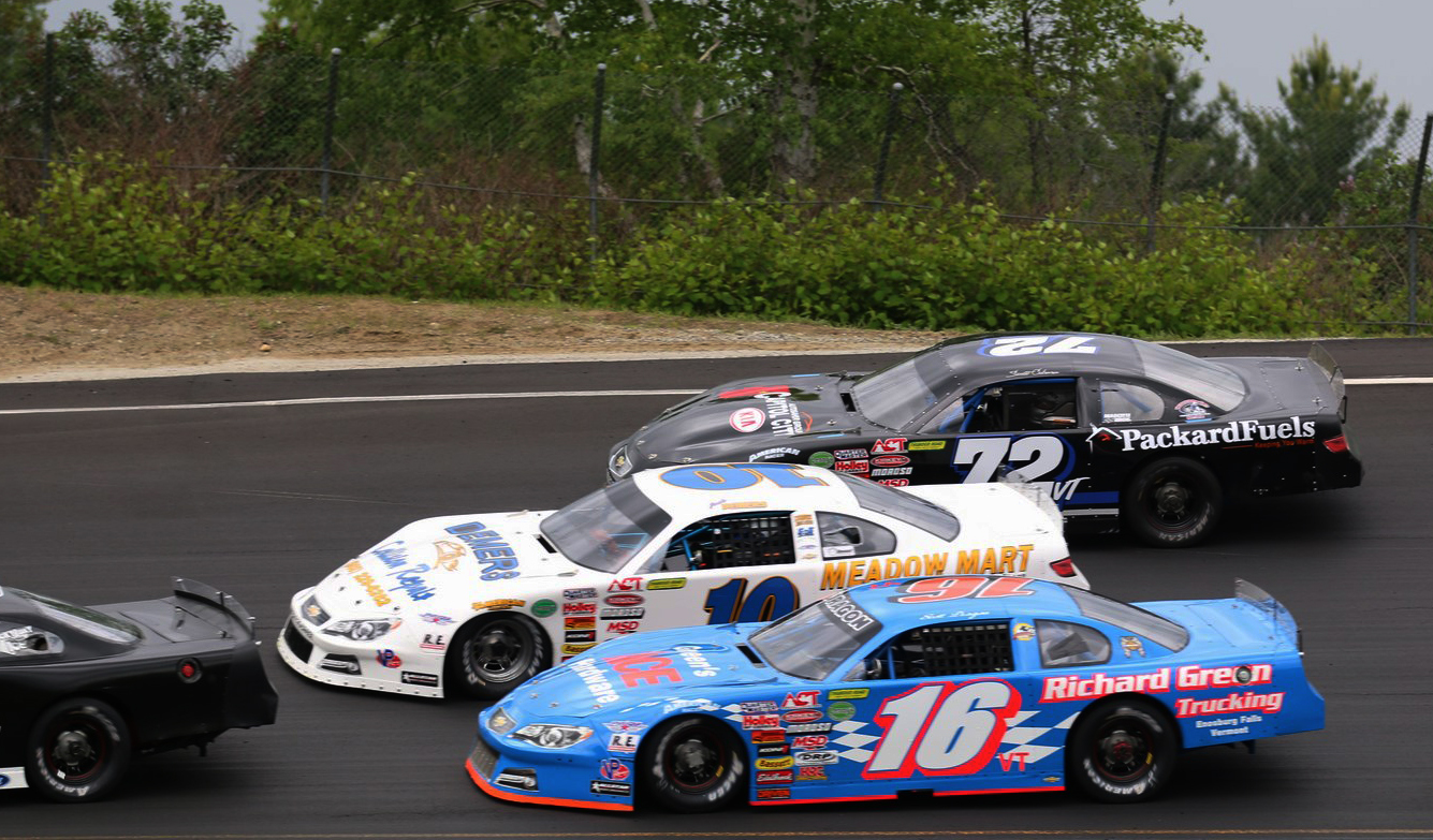 The Thunder Road Late Models will run double features this Thursday.  (Thunder Road Photo)
