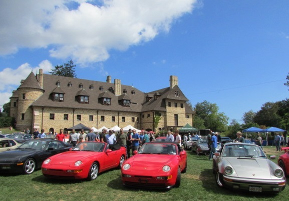 Porsches on the Lawn.  (Mike Twist Photo)