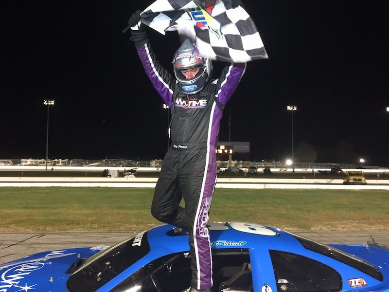 Ray Parent celebrates his championship.  (TSMP/RaceDayCT.com Photo)