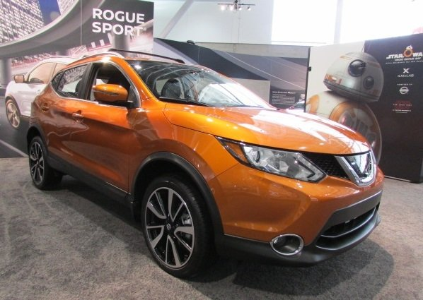 The 2018 Nissan Rogue Sport.  (Mike Twist / TachNeedle.com Photo)